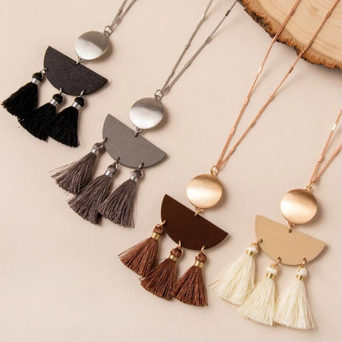 Chic Happens Tassel Necklace in Silver