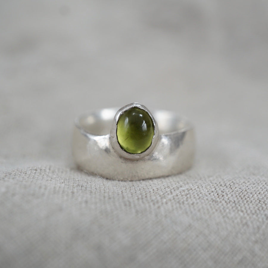 Peridot Silver Thick Ring