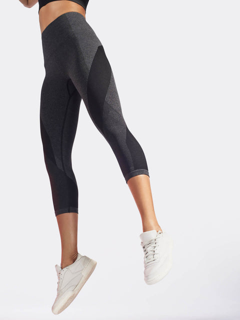 LAUNCH Crop Legging / Dark Grey Marl