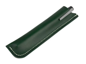 green leather Samsa fountain pen sleeve