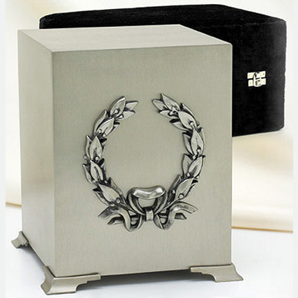 Platinum Wreath Cube Urn