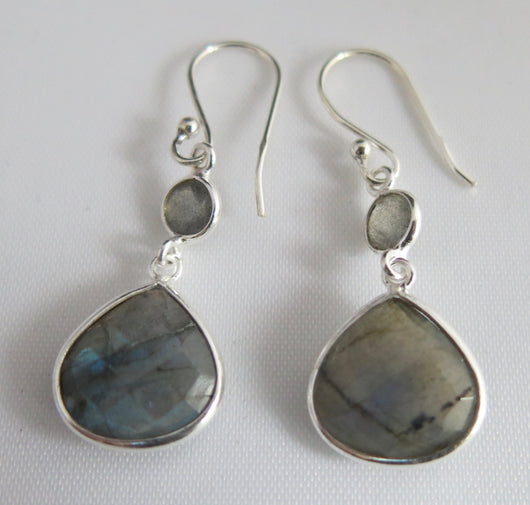 Labradorite and Silver Drop Earrings.
