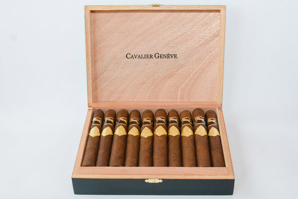 Cavalier Geneve Black Series USA Exclusive Toro