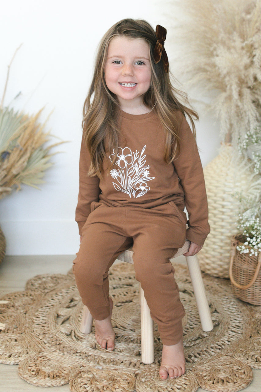 Long sleeve camel sweatsets | ROOLEE