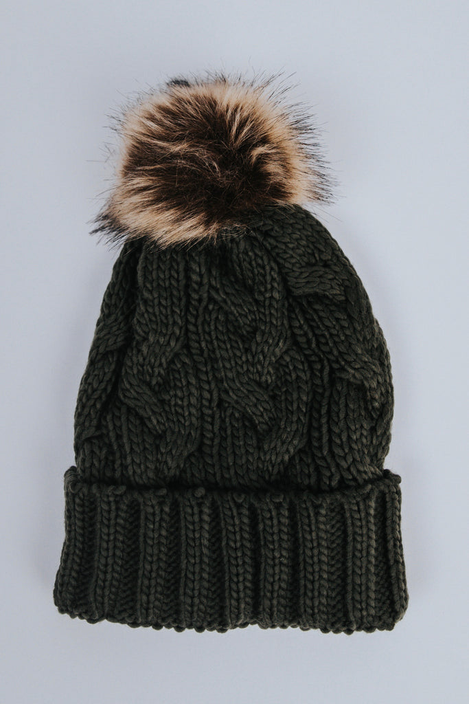 Knit Cable-Knit Beanie | ROOLEE