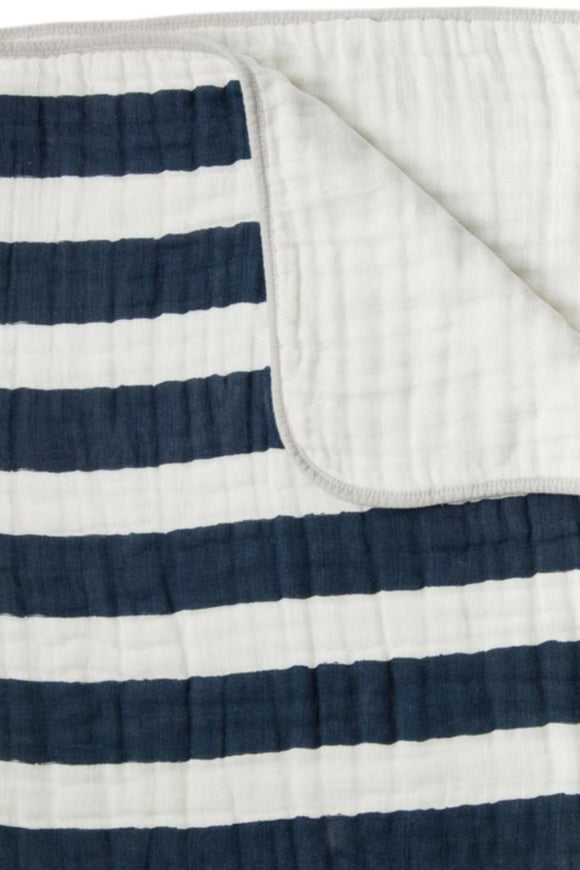 navy-stripe-quilt