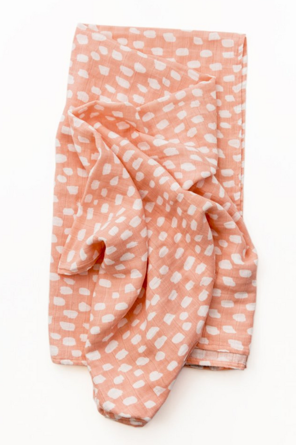 spotted-blush-swaddle