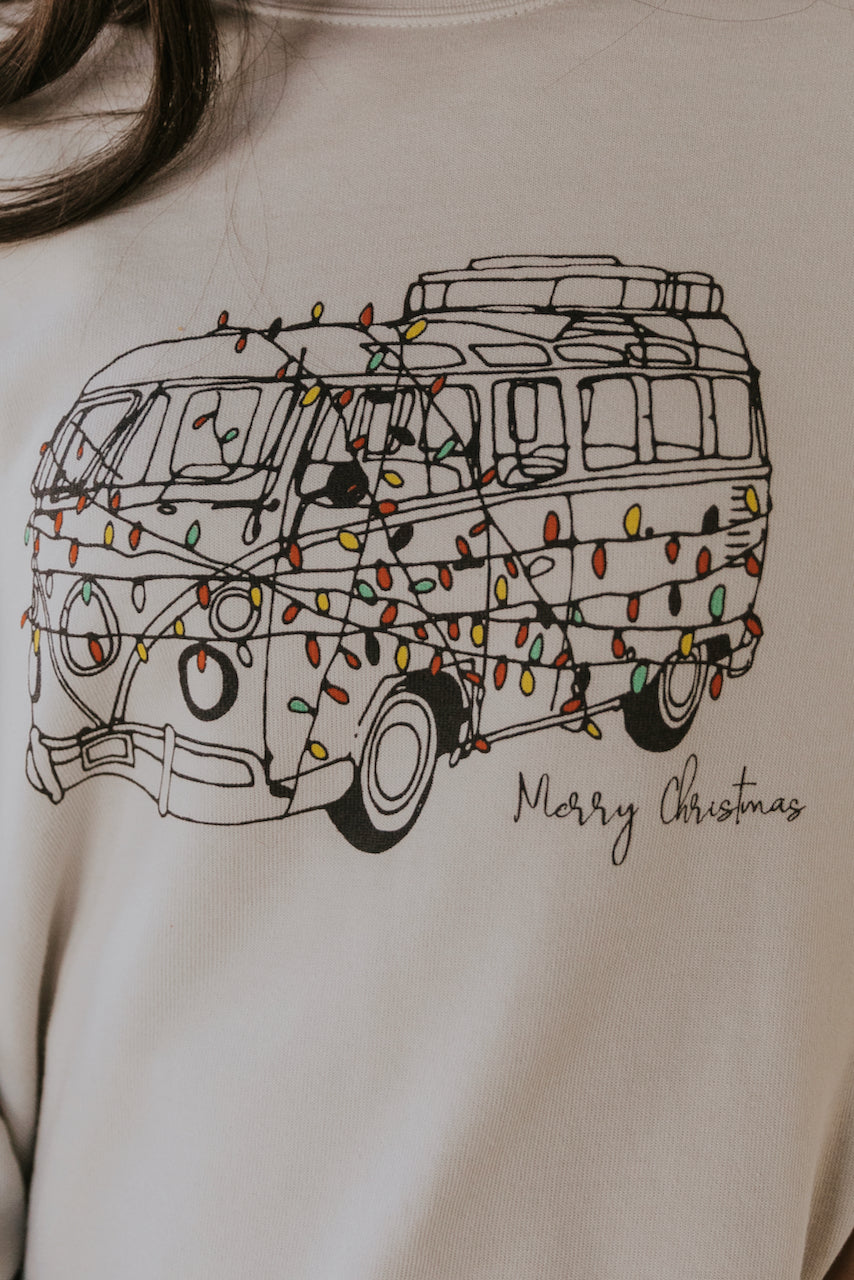 Christmas van print graphic pullover | ROOLEE