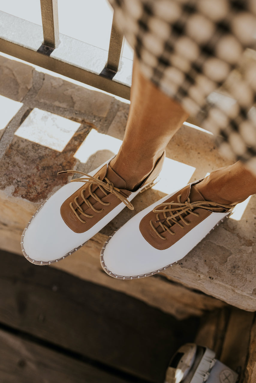 Retro white and tan bowling shoes | ROOLEE