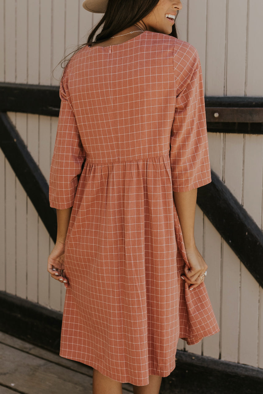 Long sleeve pink checkered dresses | ROOLEE