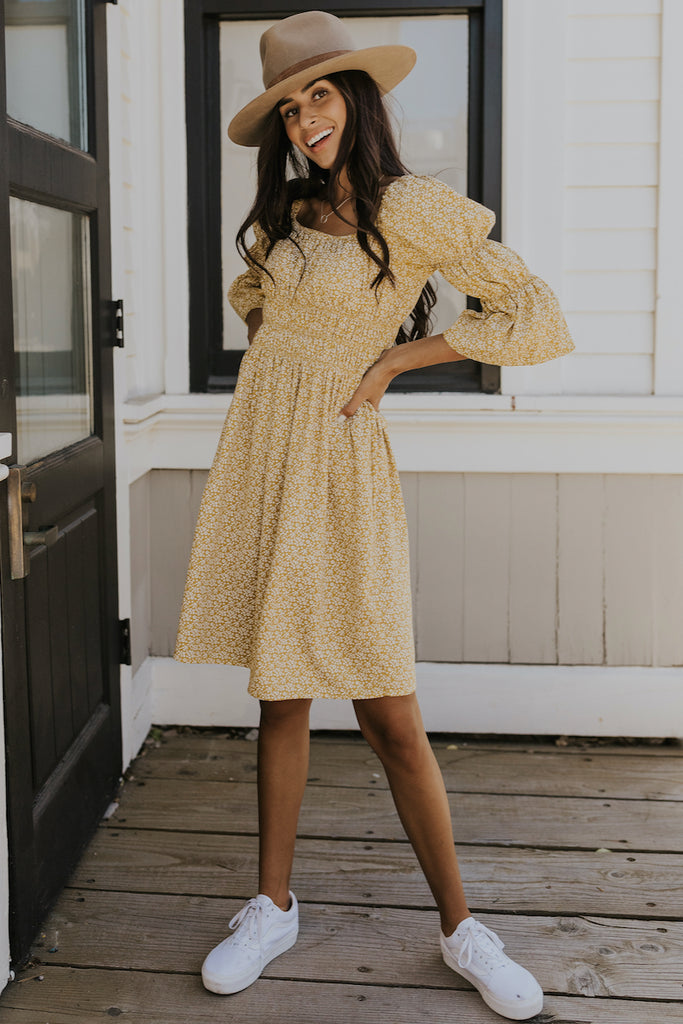 Dainty yellow peasant dress | ROOLEE