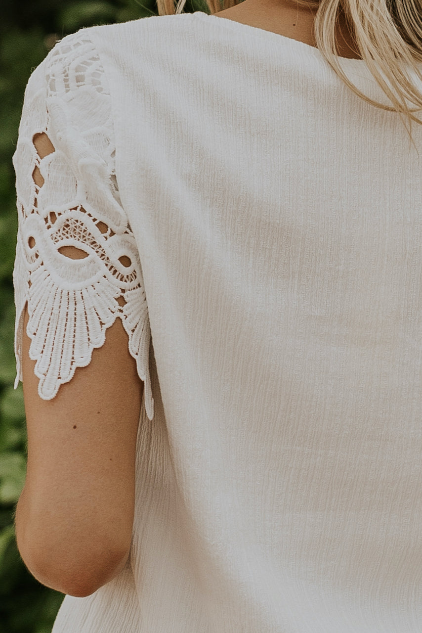 Non see-through white tops | ROOLEE