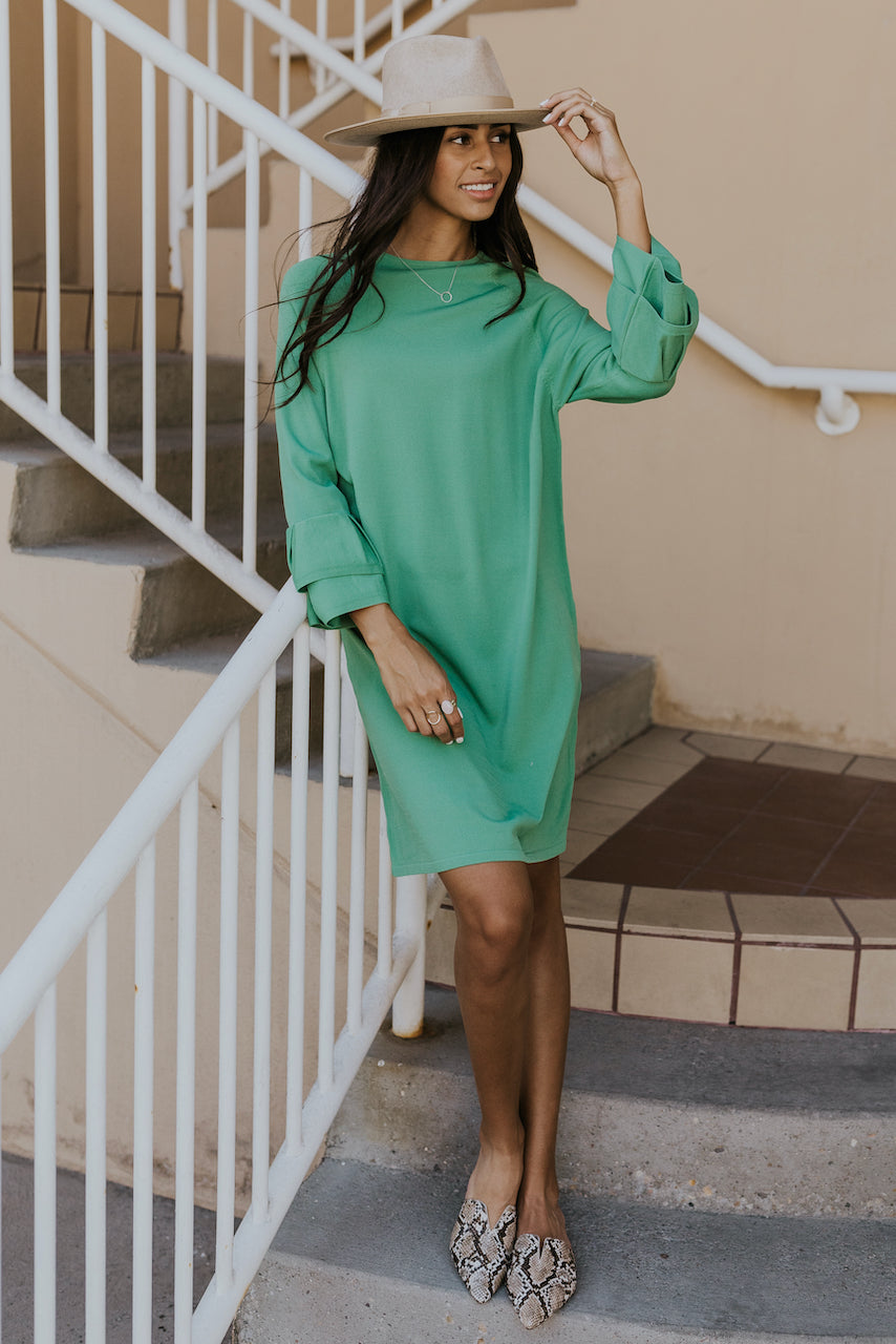 Green shift dress for fall | ROOLEE