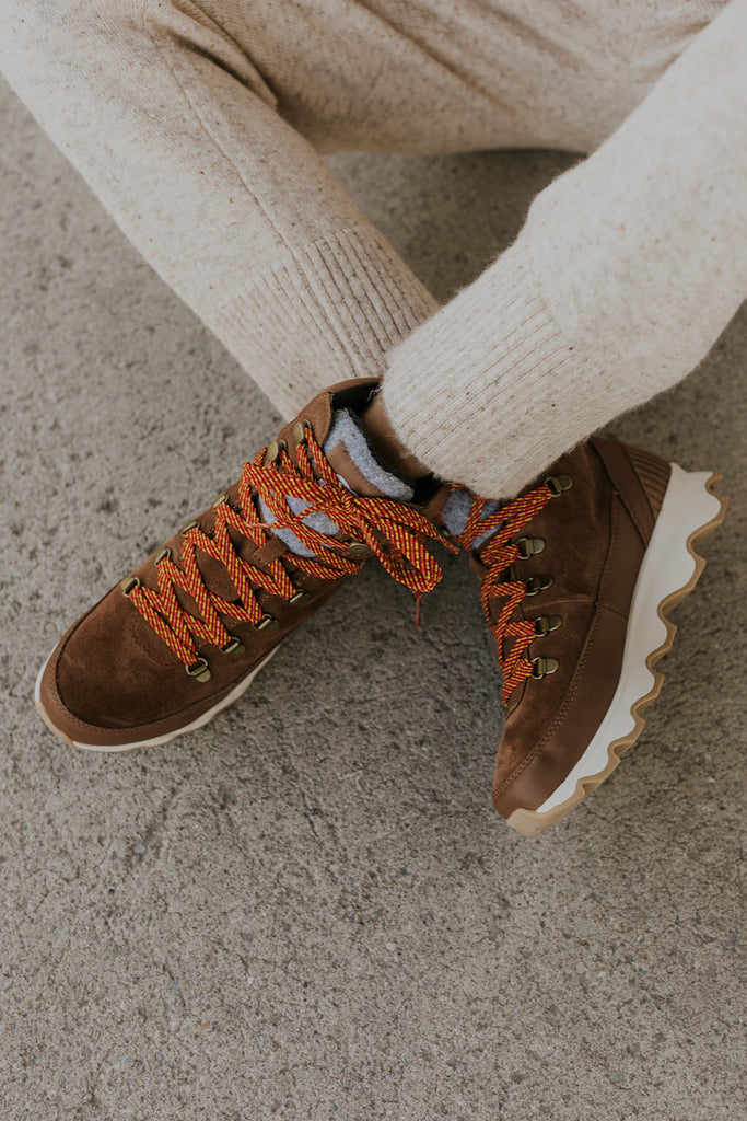 Tan leather hiking winter boots | ROOLEE