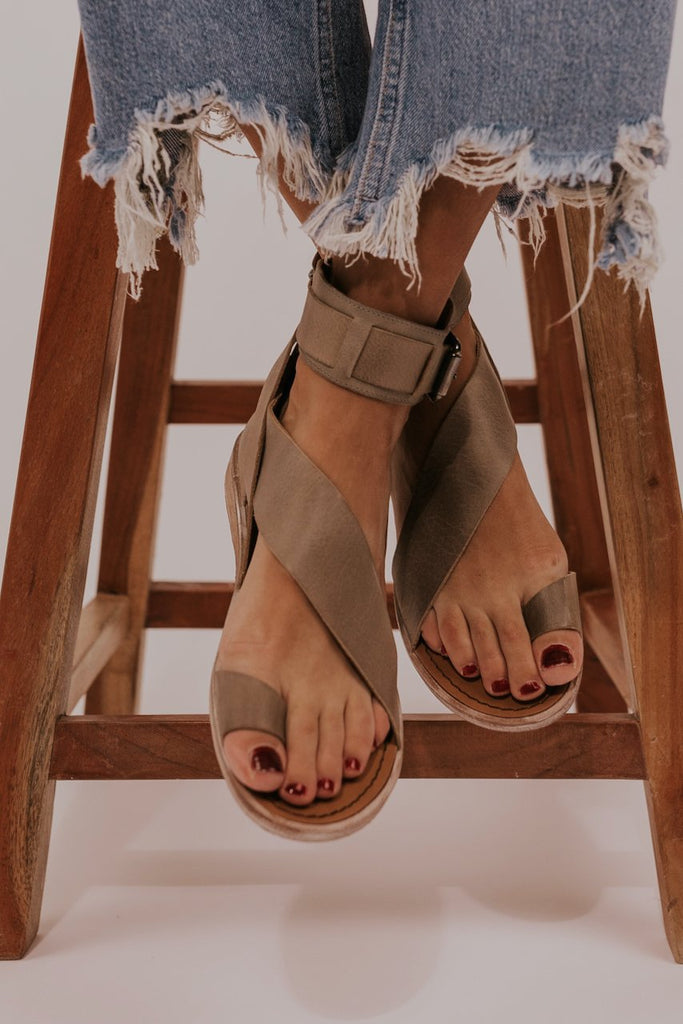 Trendy sandals for 2020 | ROOLEE