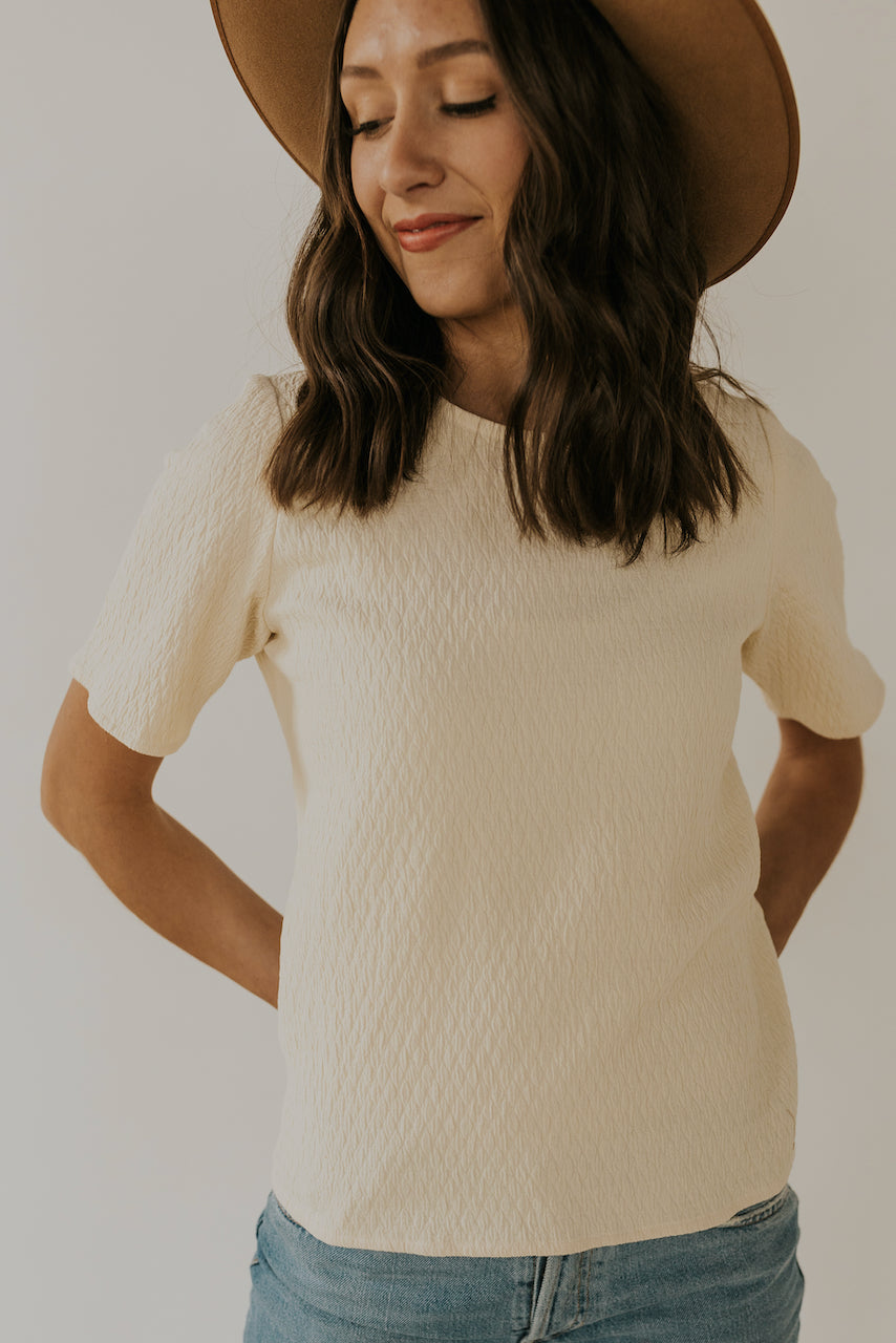 Short sleeve textured blouse | ROOLEE