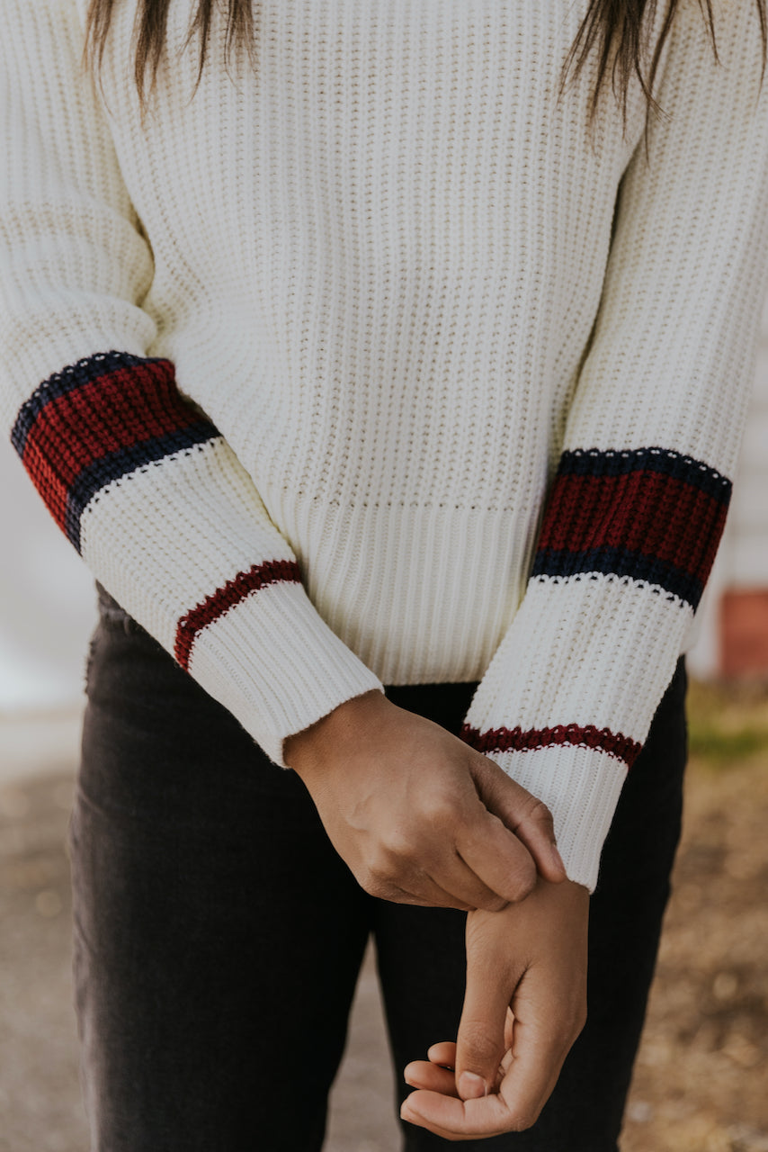 Casual Sweater Styled Outfits | ROOLEE