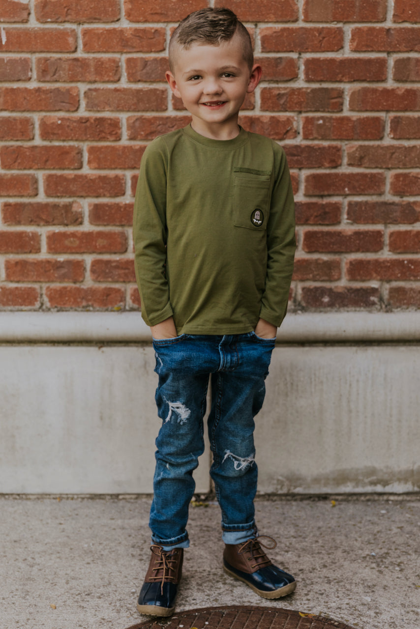 Green Tee for Fall Outfit Inspiration for Boys | ROOLEE