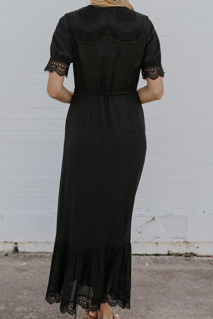 Lace black maxi dresses | ROOLEE