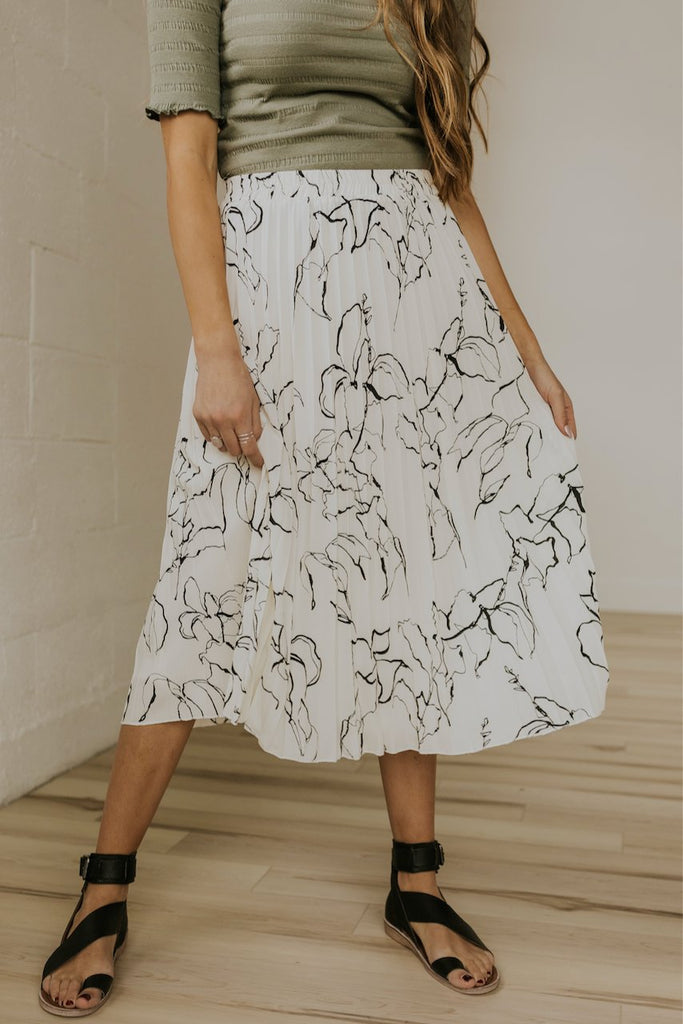 Floral stencil spring pleated skirt | ROOLEE