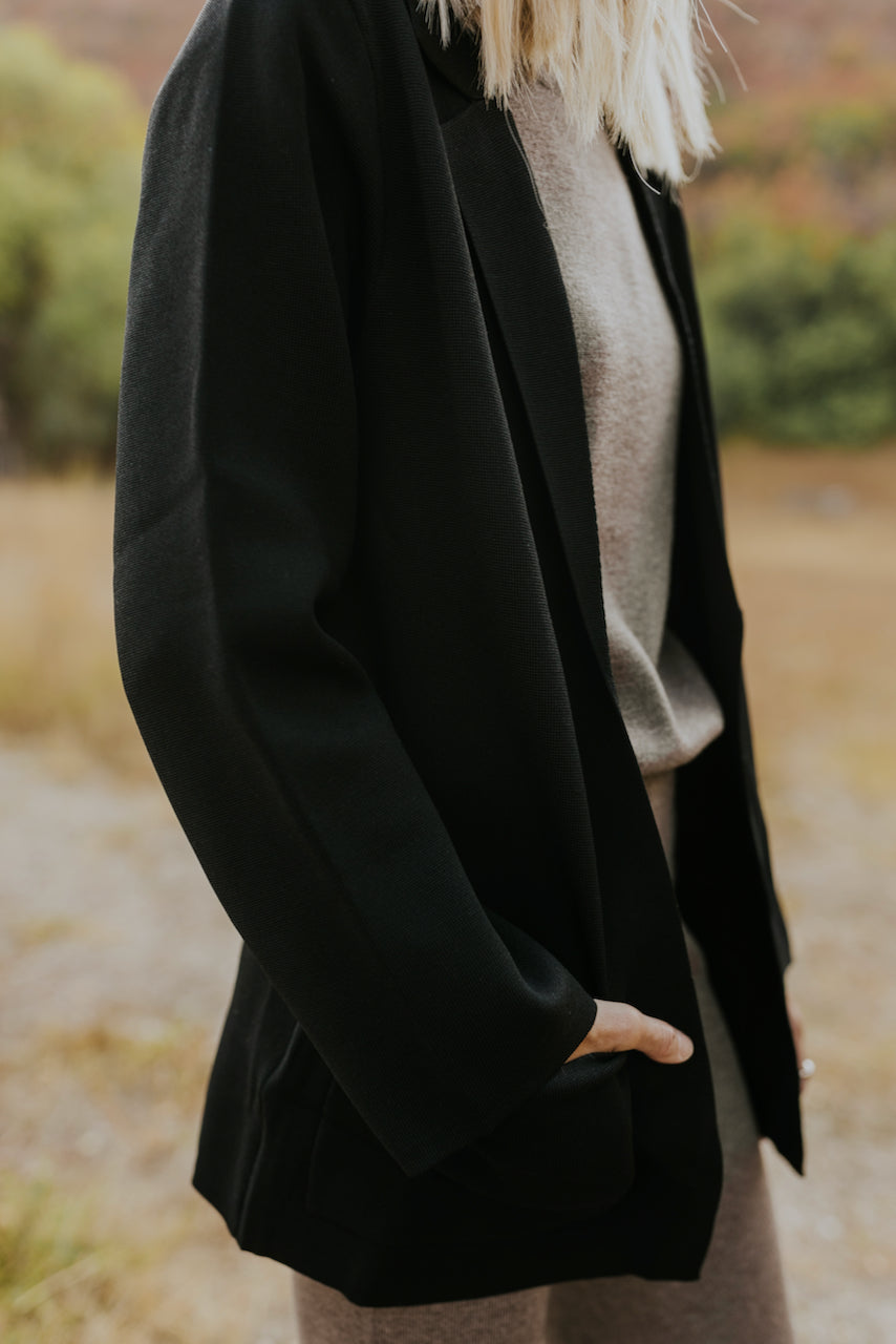 Black loose fitting oversized cardigan | ROOLEE