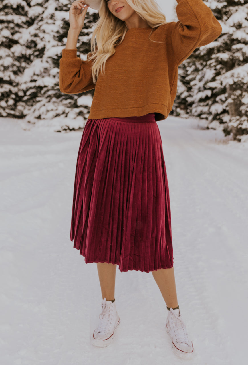 Red Velvet Skirt | ROOLEE