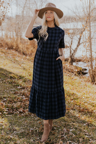 Plaid Nursing Friendly Maxi | ROOLEE