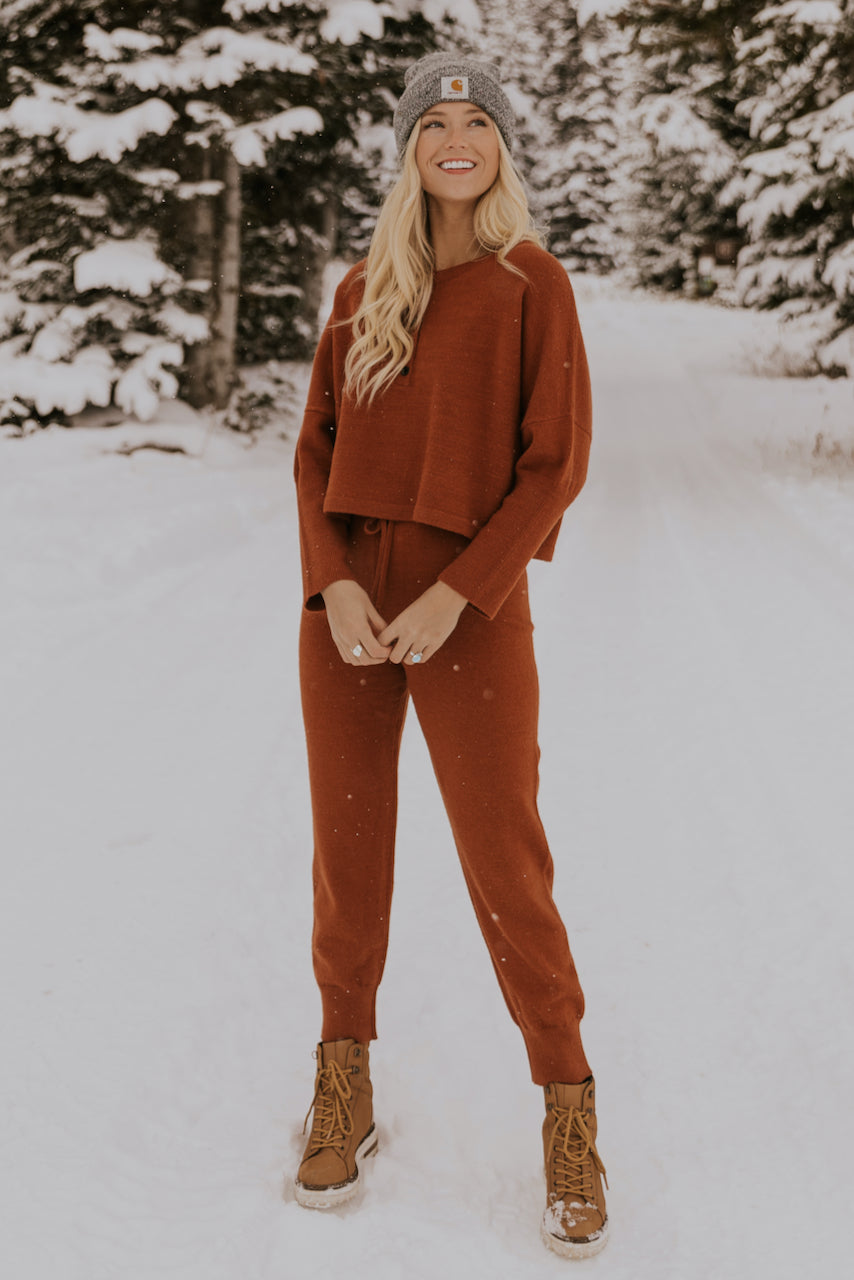 Christmas Morning Outfit Ideas | ROOLEE