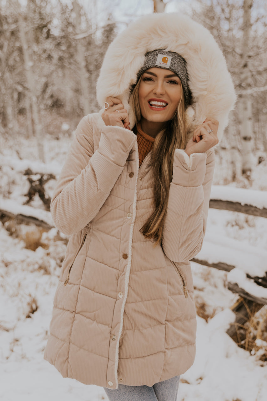 How to Style a Winter Coat | ROOLEE