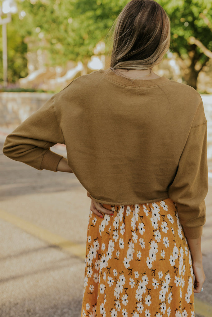 Tan cropped long sleeve sweatshirt | ROOLEE