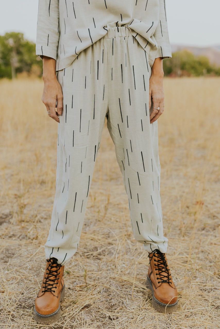 Loose fitting sage print pants | ROOLEE