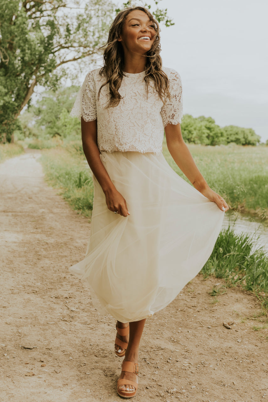 White vintage lace tops | ROOLEE