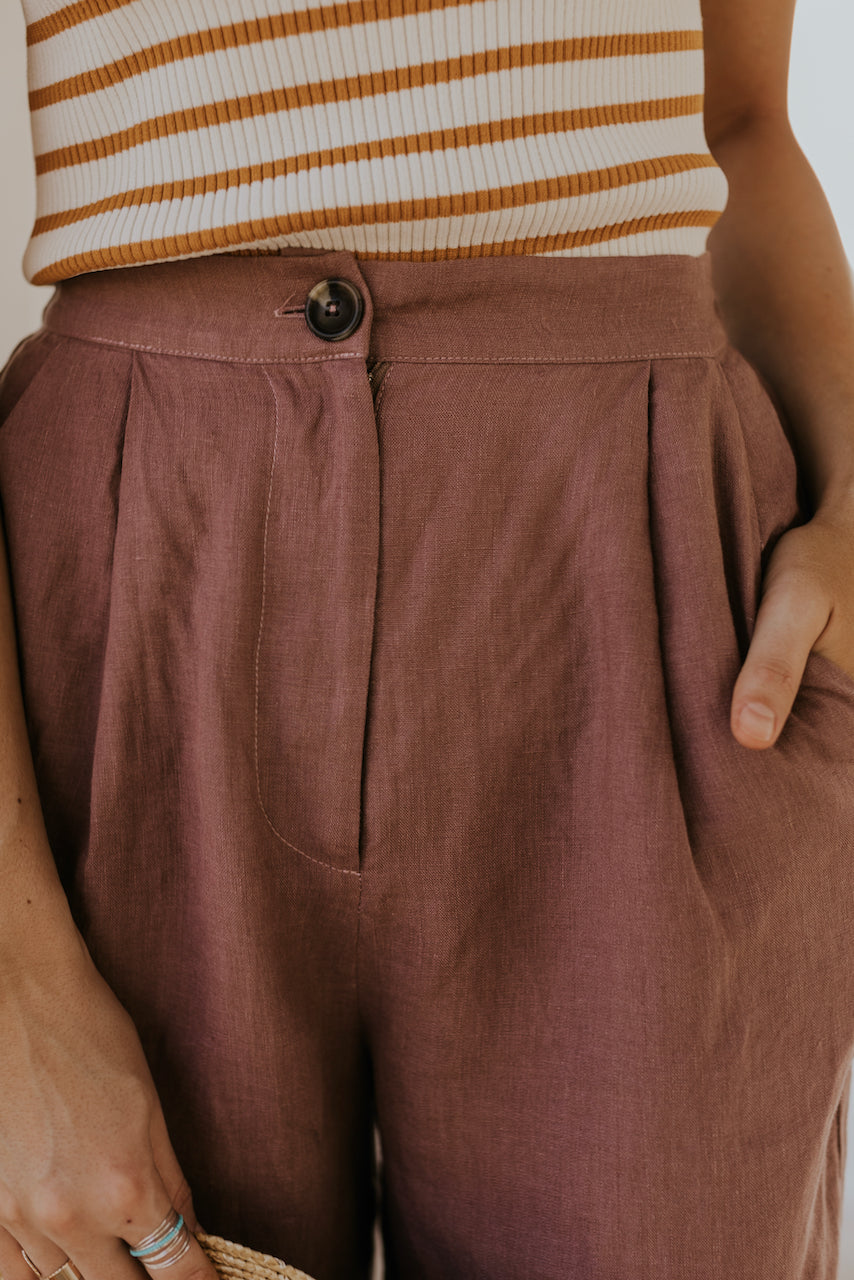 Bermuda Linen Pleated Shorts | ROOLEE