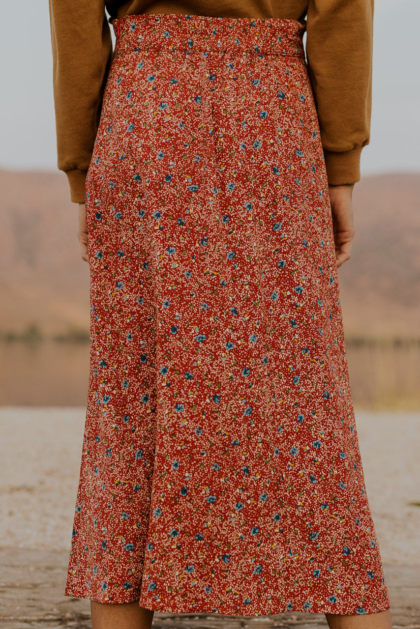Red floral retro midi skirt | ROOLEE