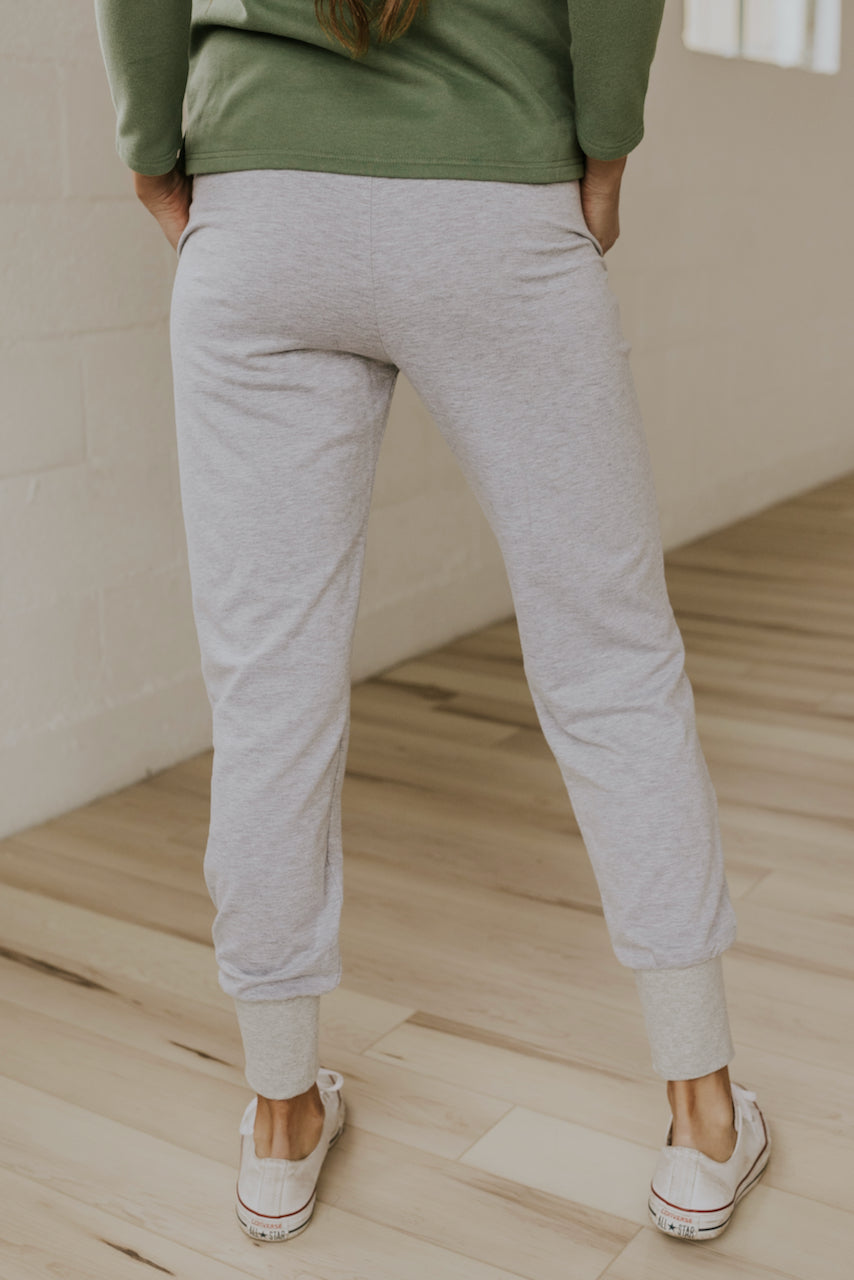 Cozy grey winter jogger pants for women | ROOLEE