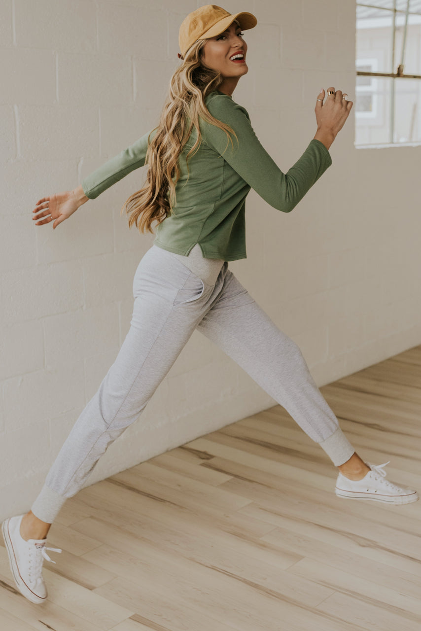 Maternity Joggers for moms | ROOLEE