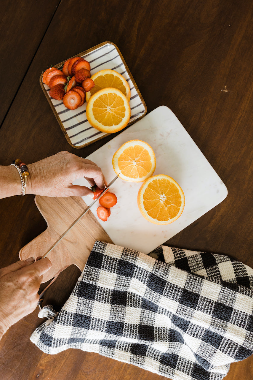 Caterine Marble and Mango Wood Tray Cutting Board