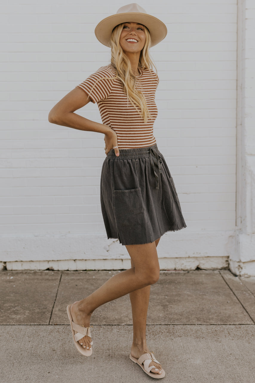 Simple casual skirts | ROOLEE