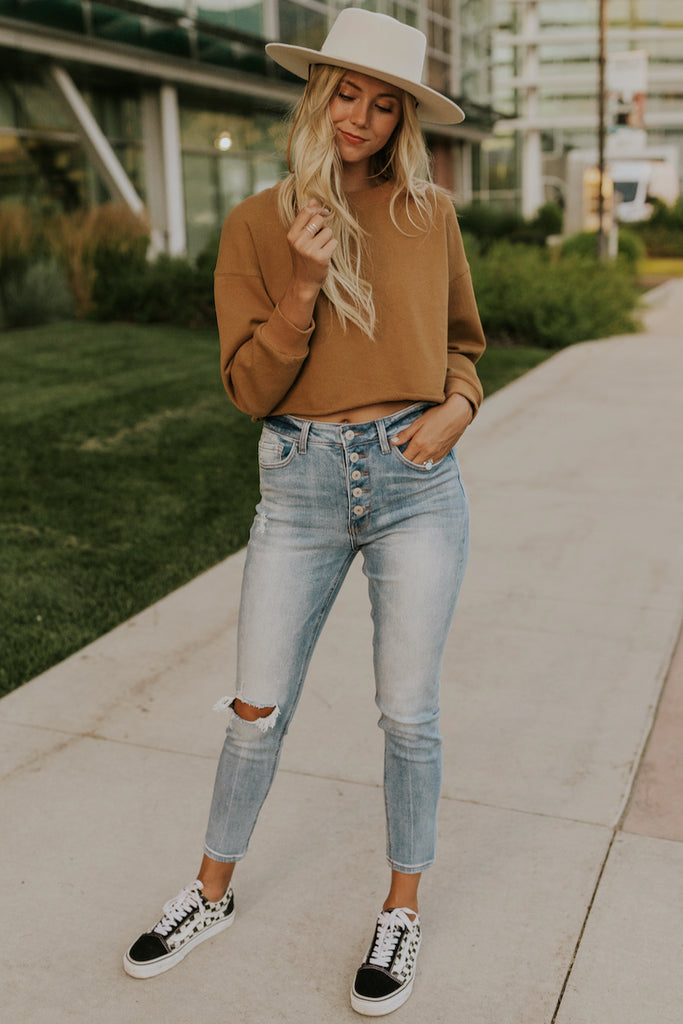 Brown long sleeve cropped sweater | ROOLEE