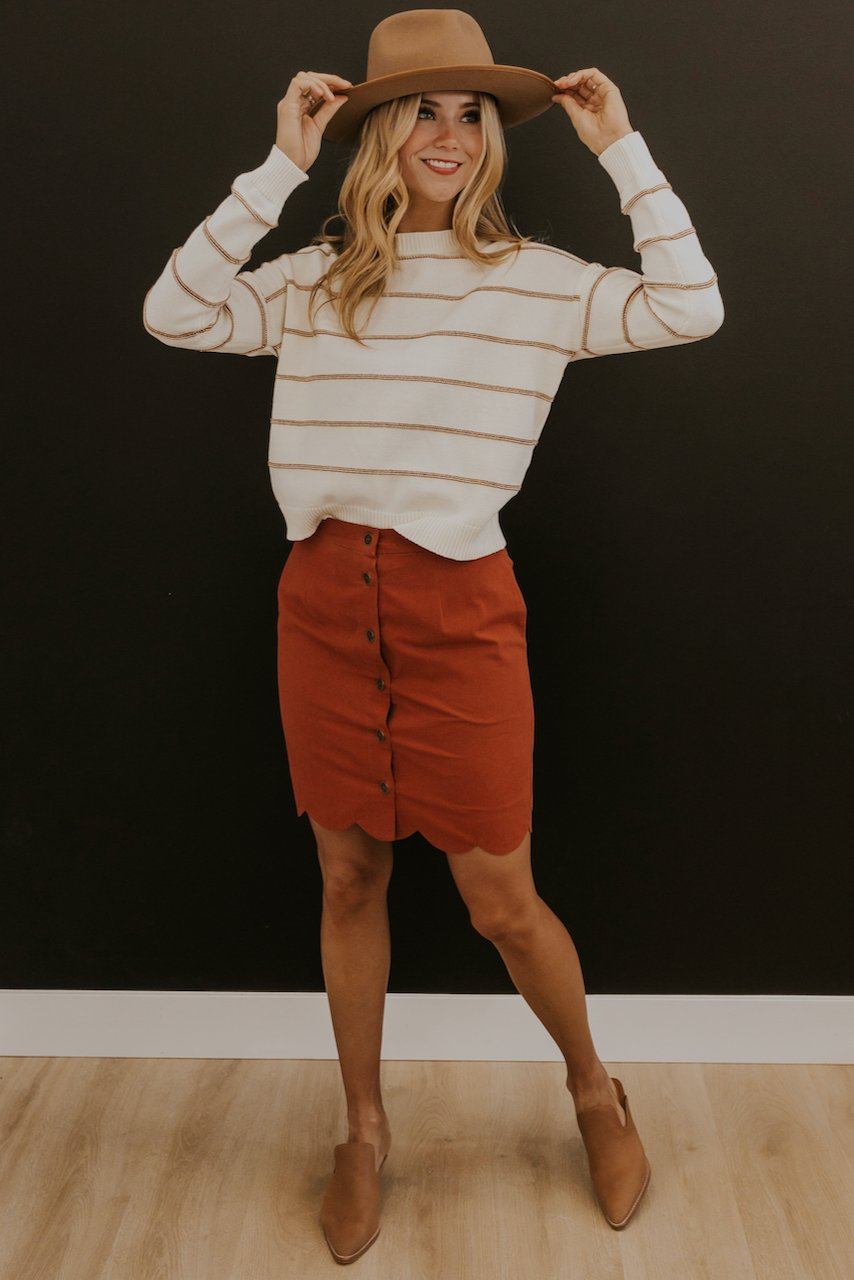 Red stripe white sweater | ROOLEE