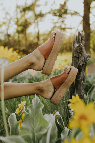 Platform heels for summer | ROOLEE