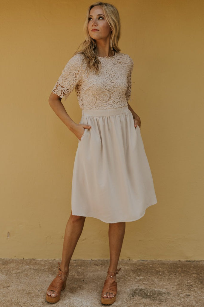 Cream lace dress | ROOLEE