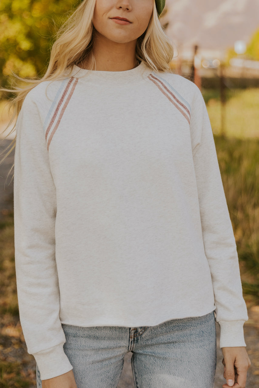 Cute long sleeve white pullover | ROOLEE