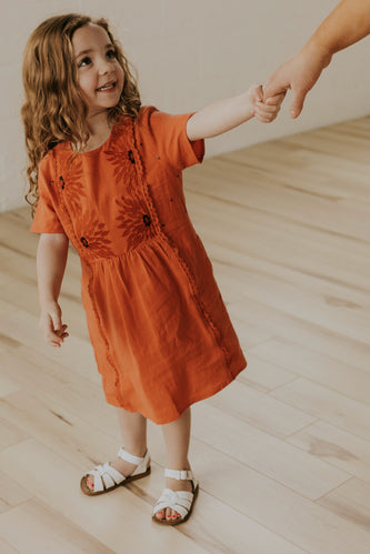 Modest Dresses for Mommy and Me | ROOLEE