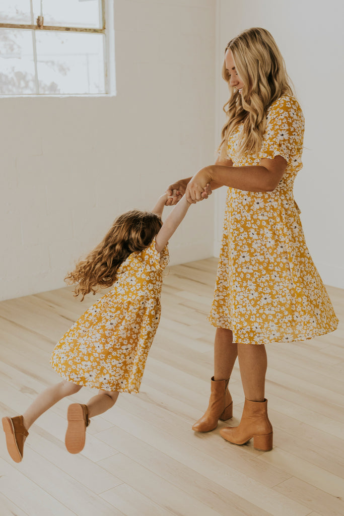 Cute Mommy and Me Easter Dresses | ROOLEE