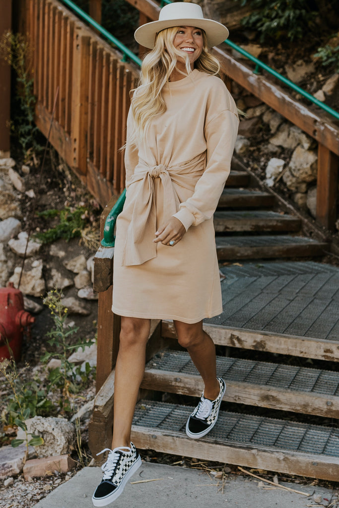 Neutral sweater dresses | ROOLEE