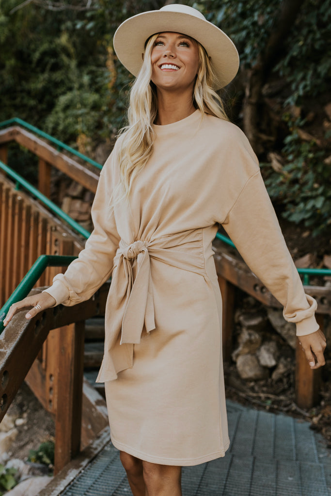 Long sleeve tan sweater dress | ROOLEE