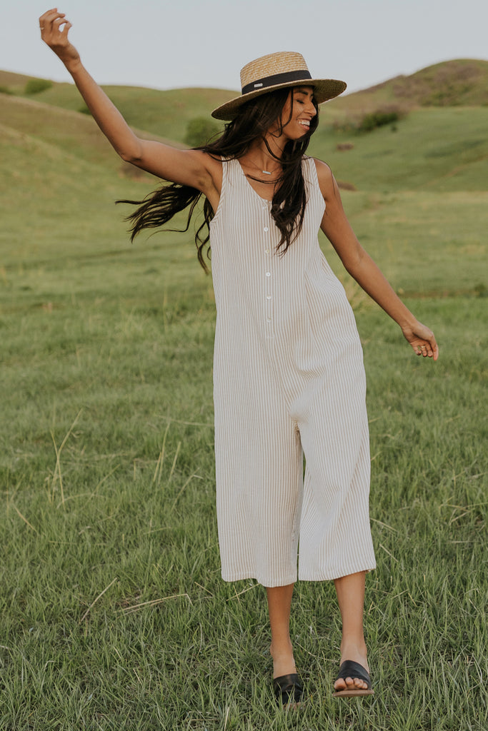 Summer jumpsuit outfit inspiration | ROOLEE