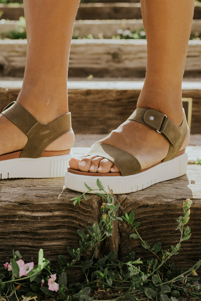 Green strap white platform sandals | ROOLEE