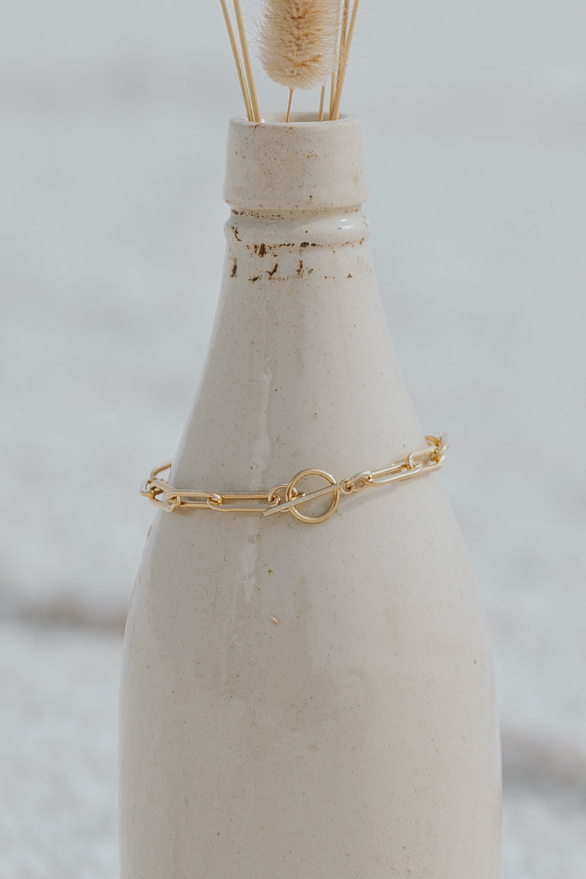 Simple gold bracelets for the office | ROOLEE